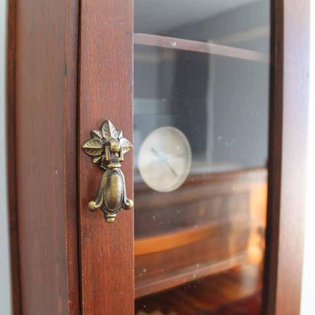 013114-cabinet-03