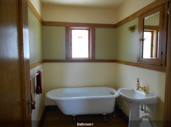 American System Built Home by Frank Lloyd Wright vintage style bathroom